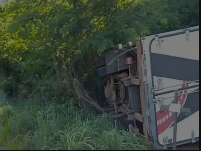 URGENTE: Acidente na curva da Serrinha em Vazante