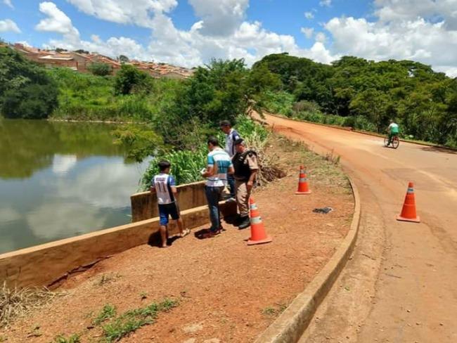 Feto é encontrado por crianças em represa de Patos de Minas